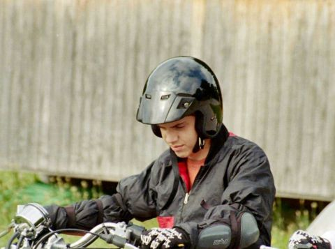 Safety-helmets-can-help-save-lives